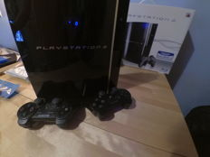 """Sony PlayStation 3 80Gb """"Phat"""" - with 2 controllers and 8 top games - Call of duty + Grand Theft Auto  + Killzone + Farcry, Fifa and more!"""