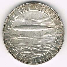 """Weimar Republic - Silver Medal 1928 by Bernhart commemorating to the World Flight of """"Graff Zeppelin LZ 127"""""""