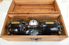 Rare Moteurs Guernet car battery charger - in its original box - 1926