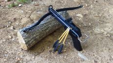 Pistol Crossbow, including arrows
