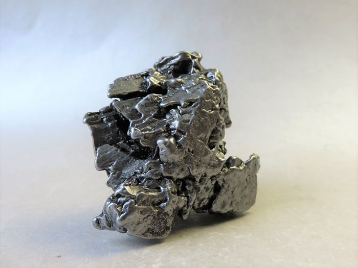 Rarity - iron meteorite Campo del Cielo with 6 movable parts - Oktaedrite IVA - in 3D crystal shape - 184.08 g