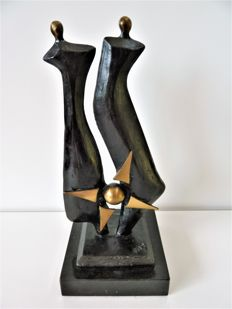 Mercedes-Benz - Bronze sculpture - Anniversary gift from the car manufacturer - 19 cm high