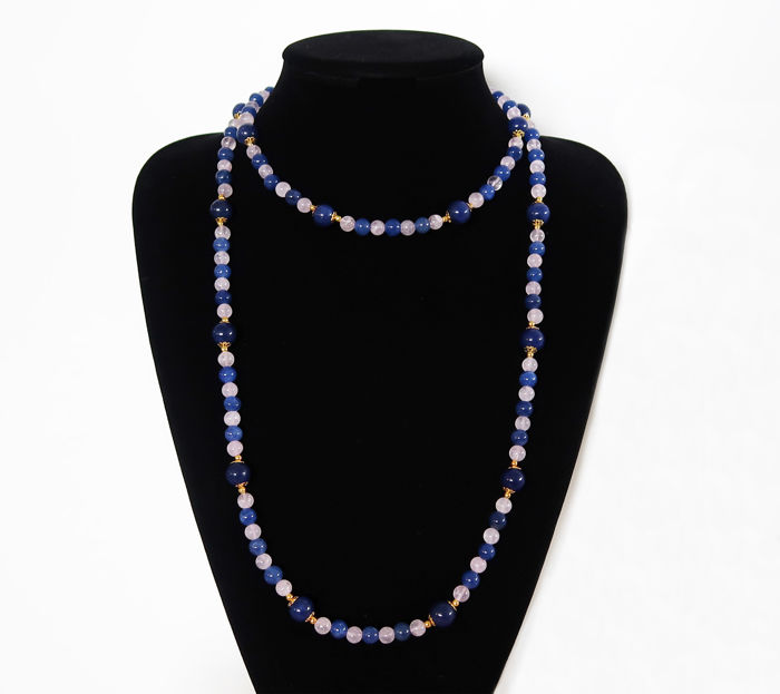 Long polished sapphire and rose quartz necklace – 460 ct – total length: 113.5 cm