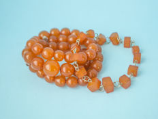 Baltic Amber set of necklace and bracelet, honey butterscotch egg yolk colour, weight: 44 gram