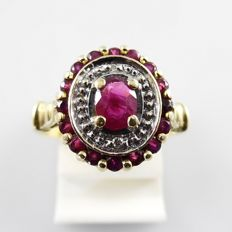 Heavy solid retro cocktail ring in 18 kt gold with 0.68 ct rubies and 0.01 octagon cut diamonds