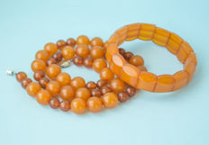 Baltic Amber set of necklace and bracelet, honey butterscotch egg yolk colour, weight: 45 gram