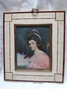 Painted ivory plaque depicting a noble woman - signed Romrey, England, 20th century