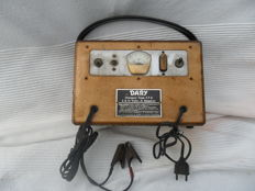 Dary battery charger - 6 and 12 volts - vintage device 1940s, 1950s - tested