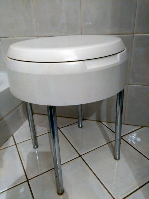Vintage branded stool, with opening and container, Capri model - 1970, Torino CM Carrara and Matta