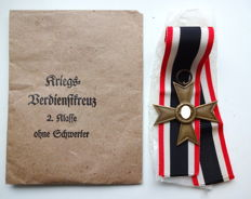 War merit cross 2nd class without swords with award case