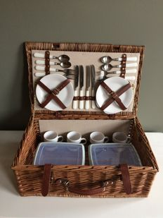 Picknickmand - 4 persoons - Picnic Hamper - 4 persons