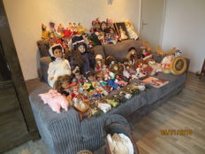 Large collection of dolls - world - 20th century