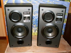 Highly sought after speaker set: STUDIO CRAFT 200 ST, MADE BY BOSE
