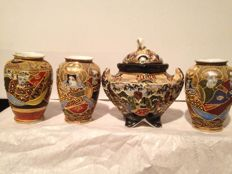 Satsuma Japanese Porcelain, first half of the 20th century with representation of Samurai, Emperors and Geisha - Japan (4)