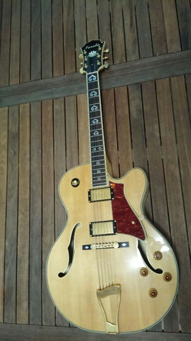 Semi-acoustic Farida FA17-SPN guitar with serial number: F07010330 LIMITED EDITION