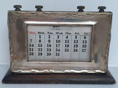 Table Calendar - W J Myatt & Co Ltd - Birmingham - 1913