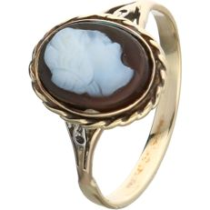 14 kt. - Yellow gold ring set with a cameo - Ring size: 18 mm