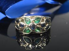 1970 gold ring with emerald sapphire