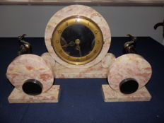 Marble Art Deco clock with bronze-plated pelicans and two loose elements