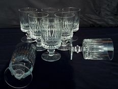 Saint Louis - Set of eight French, cylindrical-shaped crystal chalices