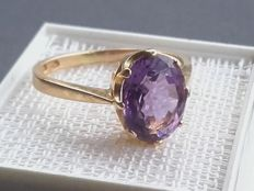 14K gold ring with 2.7ct exellent ametyst, ring size: 3,42g /18.00mm***No reserve price