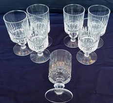 Saint Louis - Set of seven French, cylindrical crystal chalices