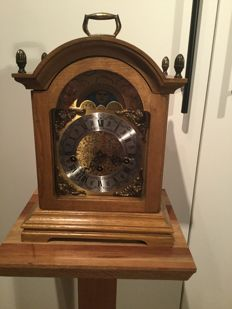 Table clock with Westminster striking mechanism - second half 20th century