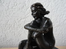 """Gorgeous Bronze-Plated Sculpture on a Marble Base, """"Dromend Meisje"""" (Dreaming Girl)"""