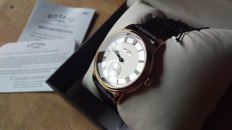 Rotary - Quartz - Men's -Analogue display - Leather strap - Never worn