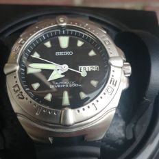 Seiko - Black Monster-Knight Auto Diver - as new -- 2004 -- collectorsitem -- with watchwinder