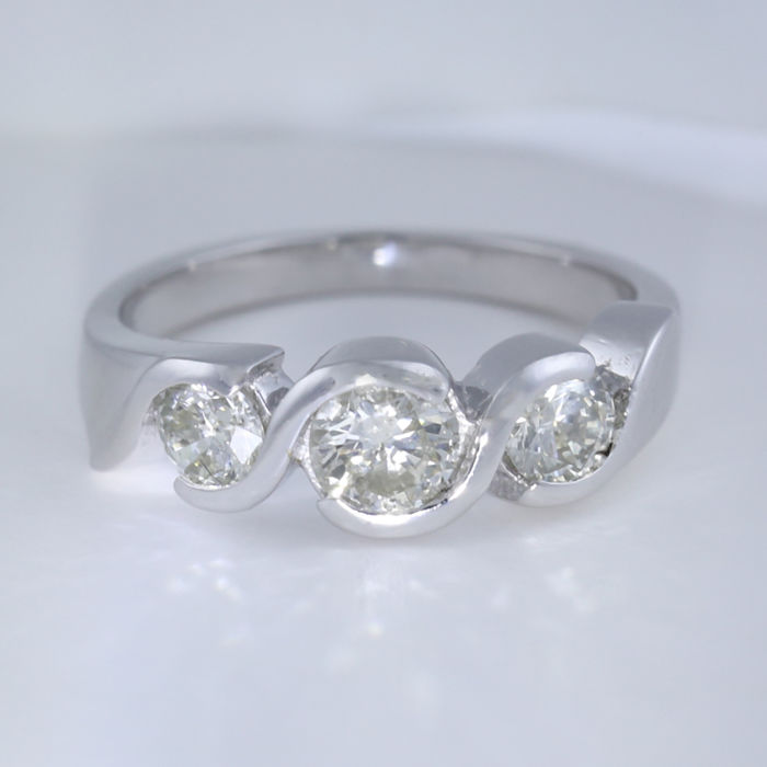 14 K White Gold 1.41 ct. solitaire Diamond ring - Ring size : 53 (FR) /17 mm
