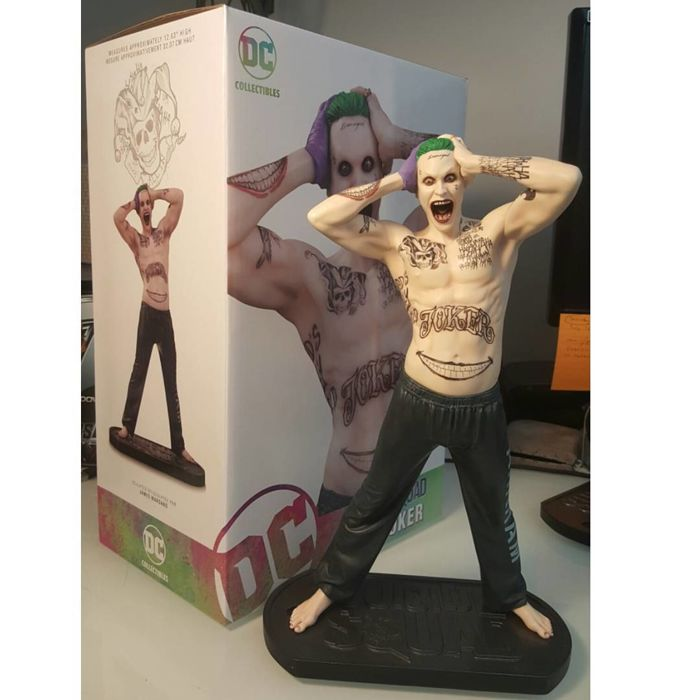 Suicide squad statue The Joker DC