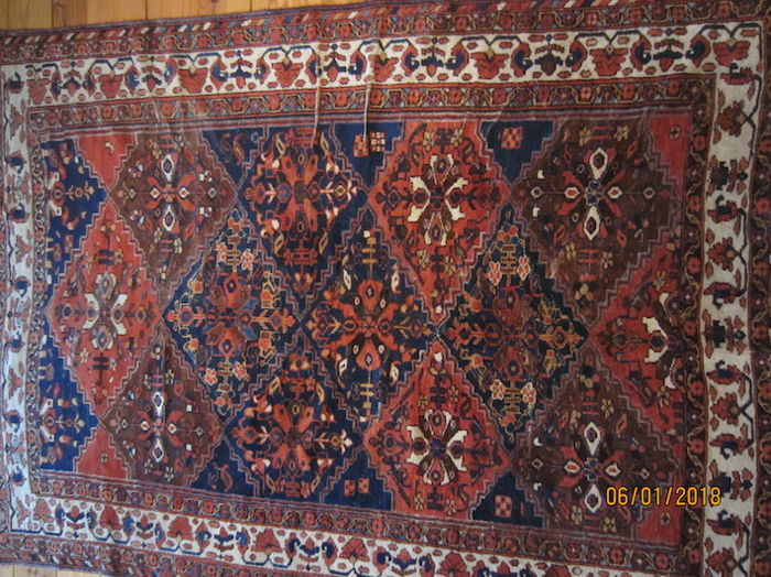 Hand-knotted Qashqai carpet