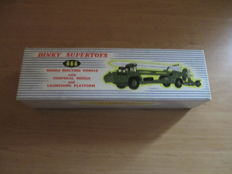 Dinky Toys Supertoys - Scale 1/48 - model No.666 Missile erecting vehicle with corporal missile and launching platform