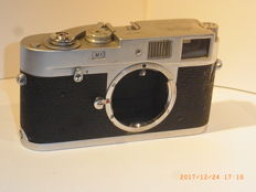 Leica M1 No. 1060387 professional camera for reproduction and use with visoflex