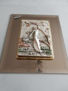 "Beautifully decorative artistic creation in silver plate 925/1000 on mirror surface - ""Young girl with apple tree"" - Signed ""MATIL"" - Mid-20th century - Italy"