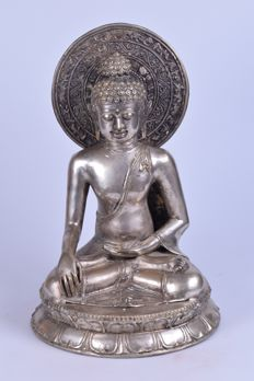Large silver-plated bronze Buddha - Thailand - late 20th century (39 cm)