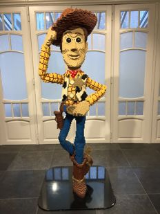LEGO Woody - Factory Glued Statue (4598859) - over 2 m high.