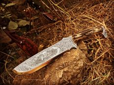 Collectible Outdoor Camping Knife, Hand made and hand engraved Stag handle