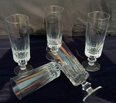 Saint Louis - Set composed of five French, cylindrical-shaped crystal flute glasses