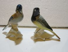 2 porcelain bird figurines from Porzellanfabrik Karl Ens Volkstedt-Rudolstadt