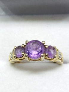 Vintage 9ct/9k Yellow Gold Amethyst and Diamond Trilogy Ring Size J to K