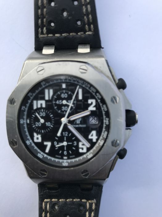 Audemars Piguet - royal oak offshore chronograph - 26170.ST.00.D101CR.03 - Men - 2011-present