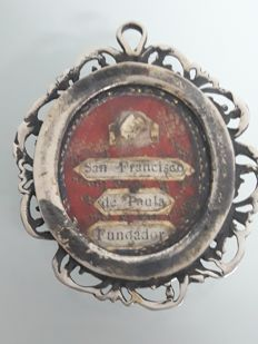 Reliquary of San Francisco of Paula painting, 18th C, silver