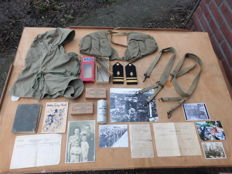 Lot with various American WW2 military items