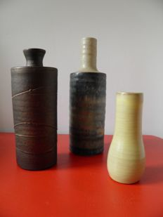 Mobach - Lot with three vases