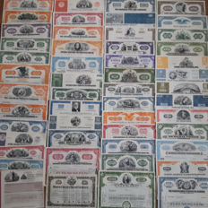 USA -  100 different shares (1920 – 1990)  all with a vignet : American Banknote, Childs, Coty, GM, Mattel  (Barbie), Pan Am,  Paramount Pictures