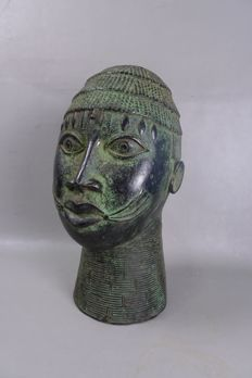 Very large, bronze Ife King's head - BENIN - Nigeria, Benin City region.