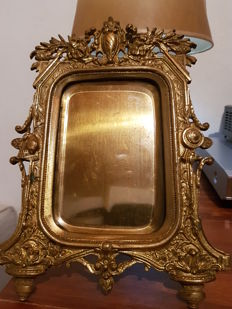 Superb bronze photo frame with an owl head in the Louis XV style