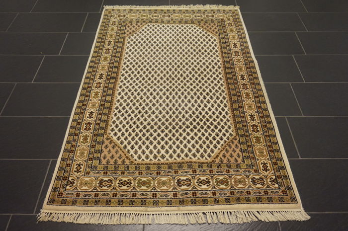 Sarough Mir India 122 x 190cm